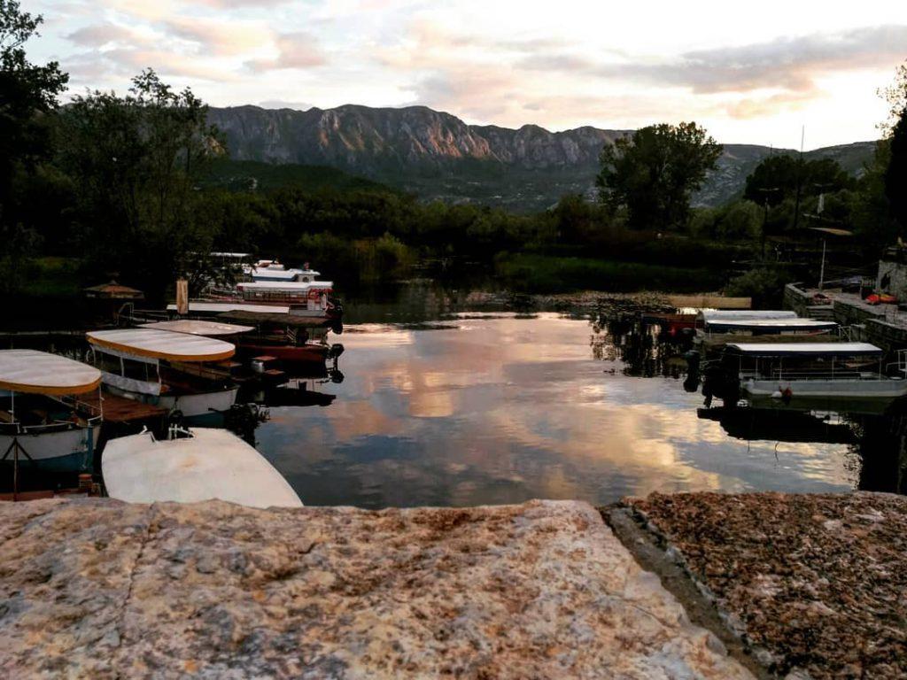 Скадарское озеро вечером