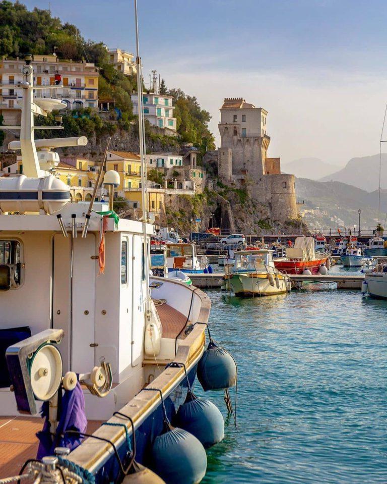 Лодки в пристани Позитано