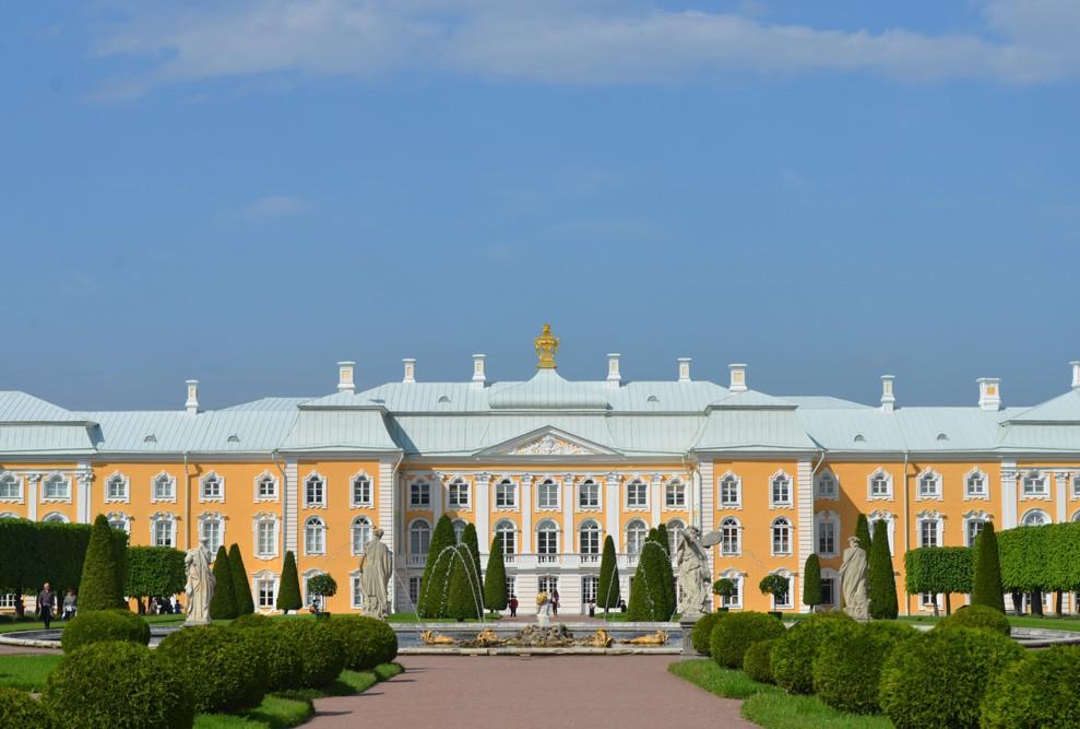 Большой Петергофский дворец Петергоф