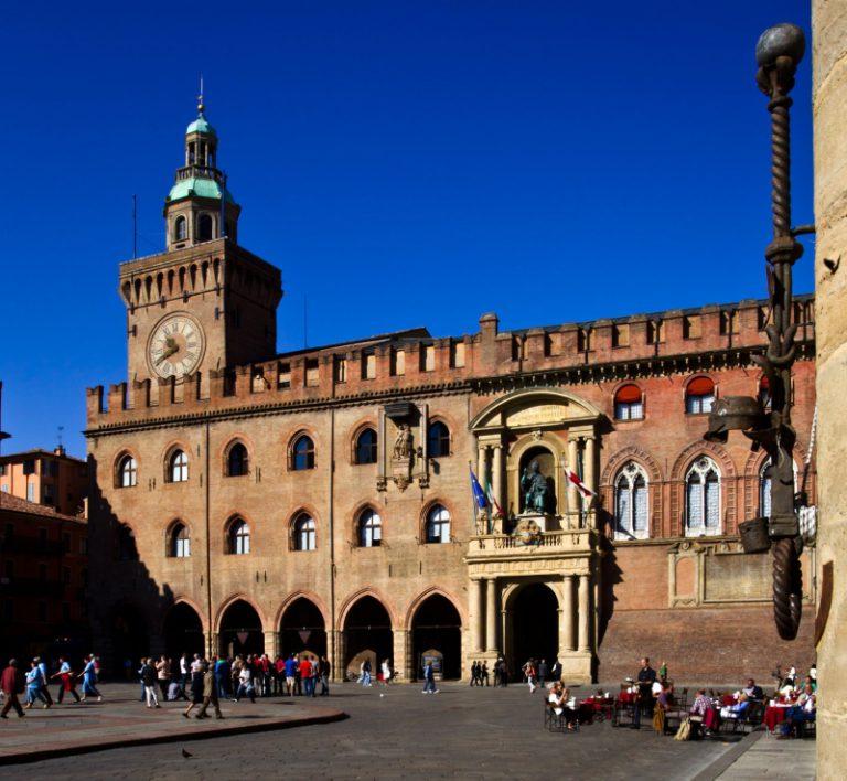 Палаццо Комунале Болонья
