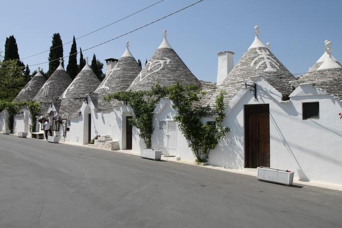 Красивые домики-тролли в Альберобелло