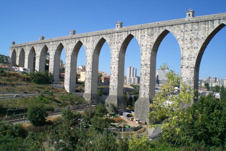 Акведук Aqueduto das Águas Livres