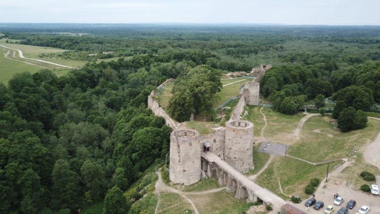 Разрушенная крепость Копорье