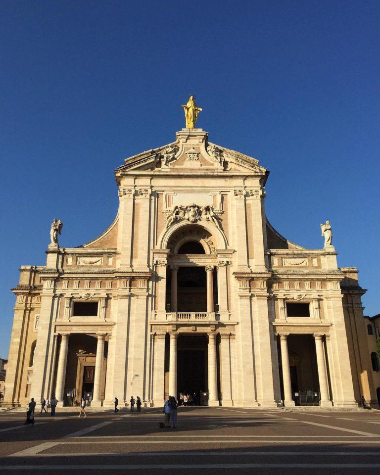 Базилика Санта-Мария-дельи-Анджели