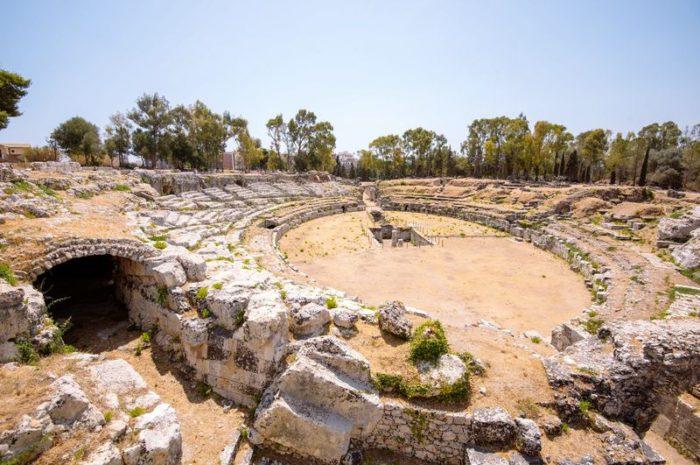 Римский амфитеатр в Сиракузах