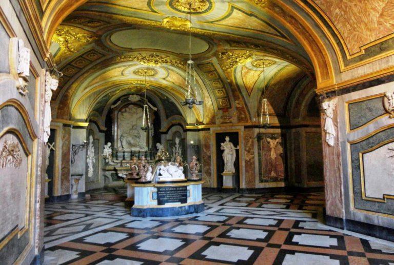 Склеп в базилике Суперга
