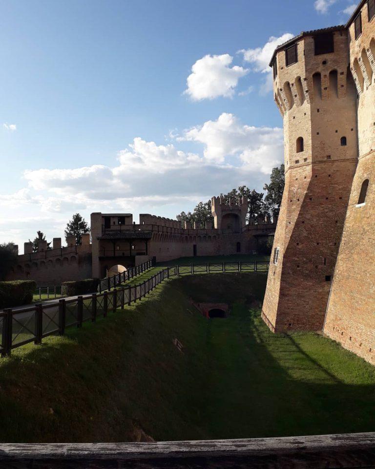 Стены Градары