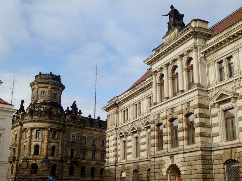 Галерея современного искусства в Дрездене