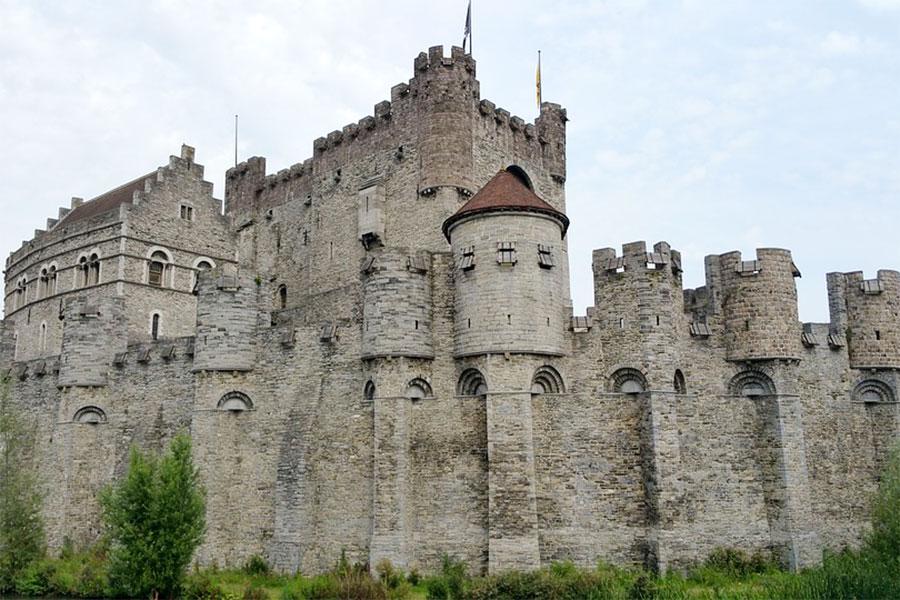 Замок графов Фландрии Гент