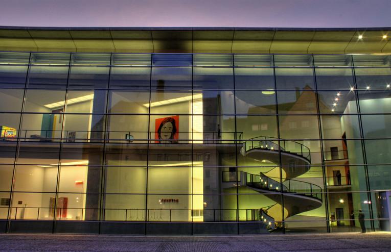 Новый музей искусства и дизайна Нюрнберг