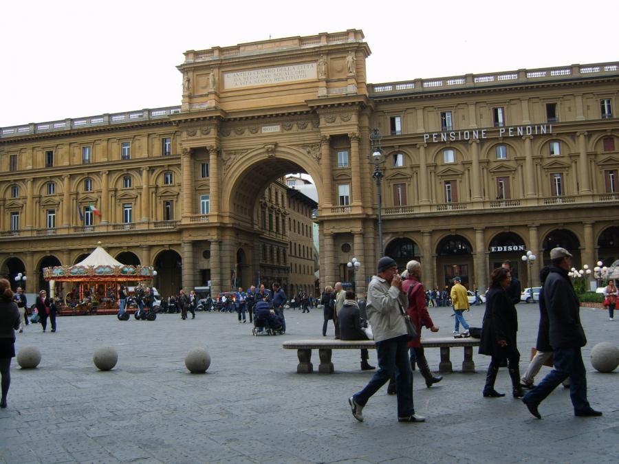 Площадь Республики Флоренция