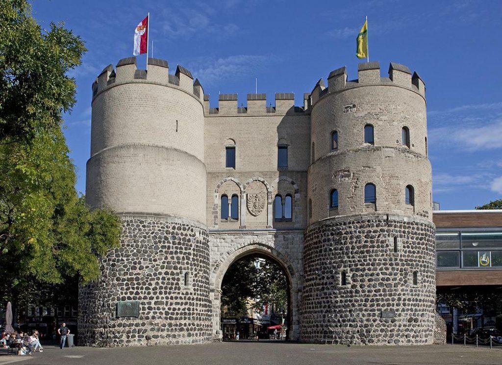 Айгельштайнские ворота Кёльн