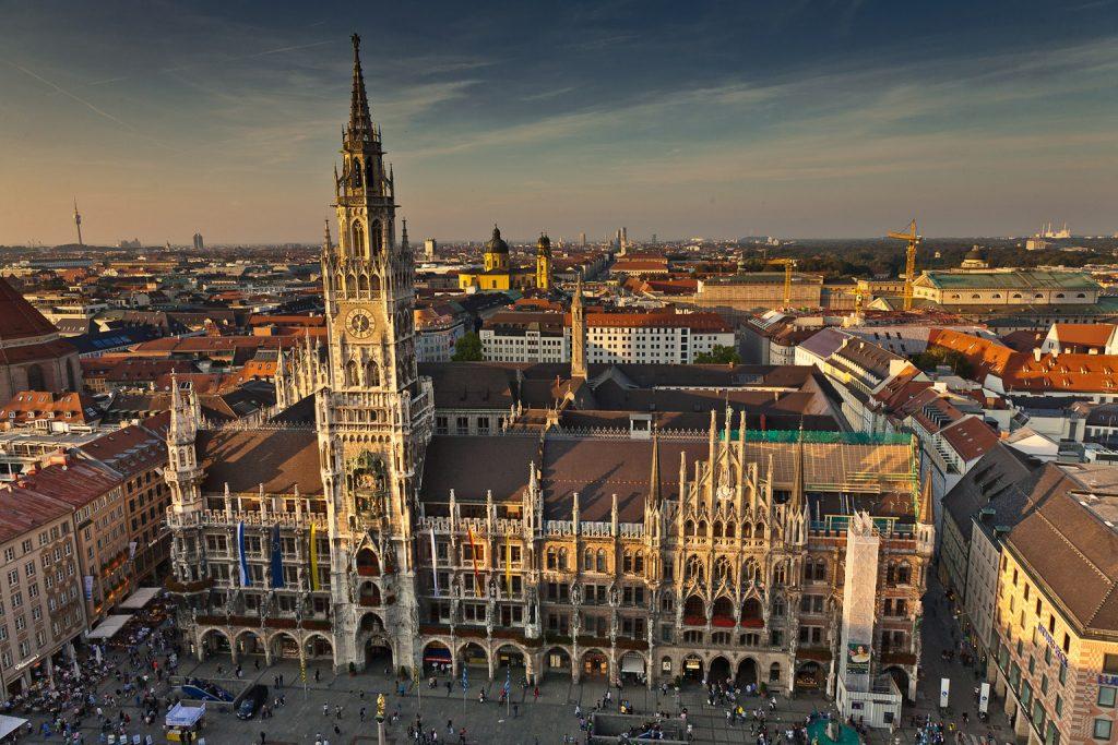 достопримечательности Германии: Мариенплац
