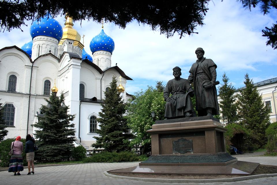 Памятник зодчим Казанского кремля