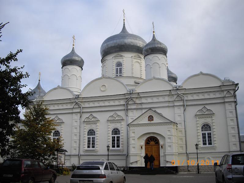 Зверин монастырь Великий Новгород