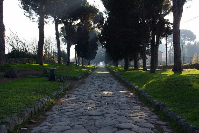Аппиева дорога в тени