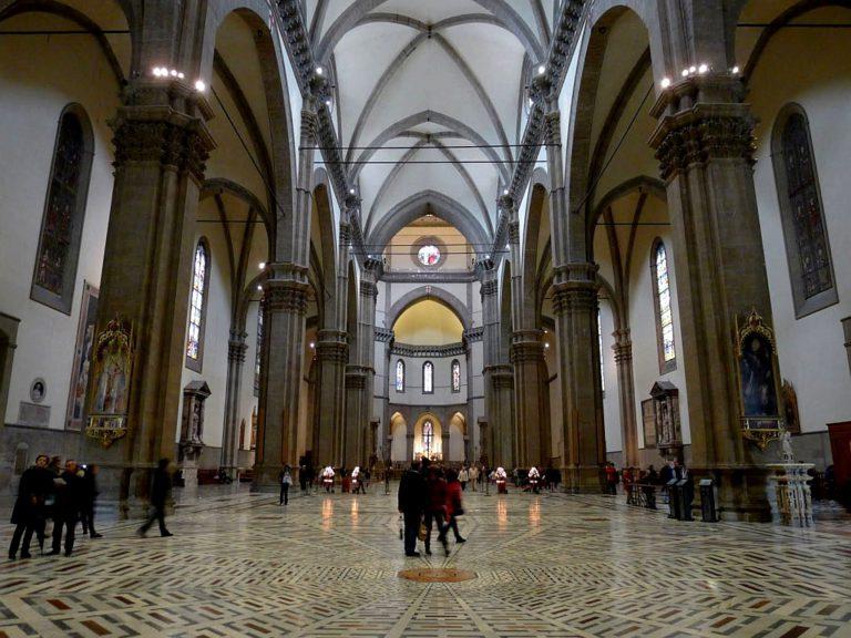 Готические своды в соборе Санта-Мария-дель-Фьоре