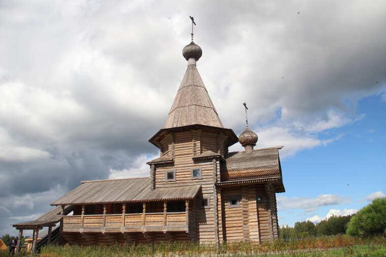 Свято-Владимирский монастырь на истоке Днепра