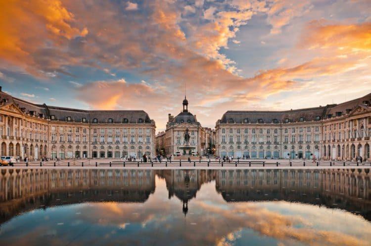 Биржевая площадь (г. Бордо)