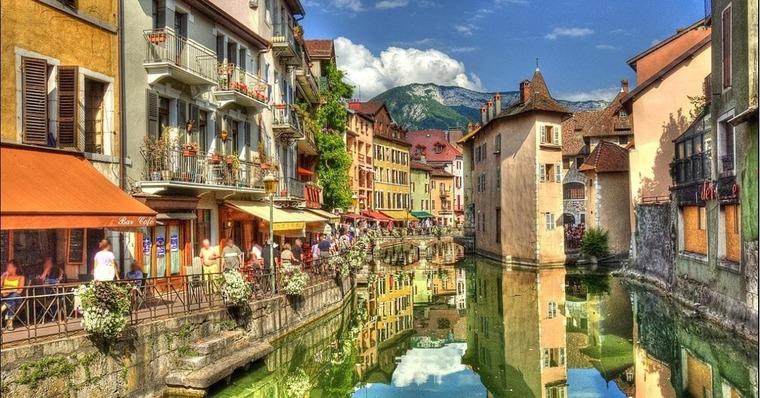 Город Анси (восток Франции)