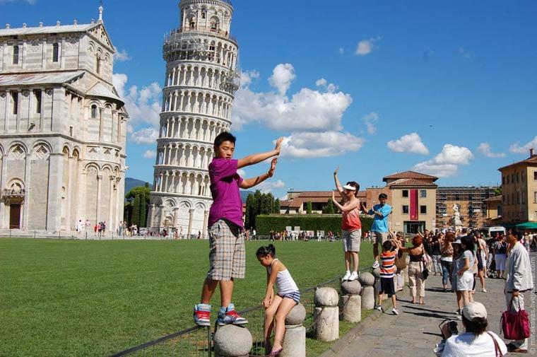 Фото людей с Пизанской башни