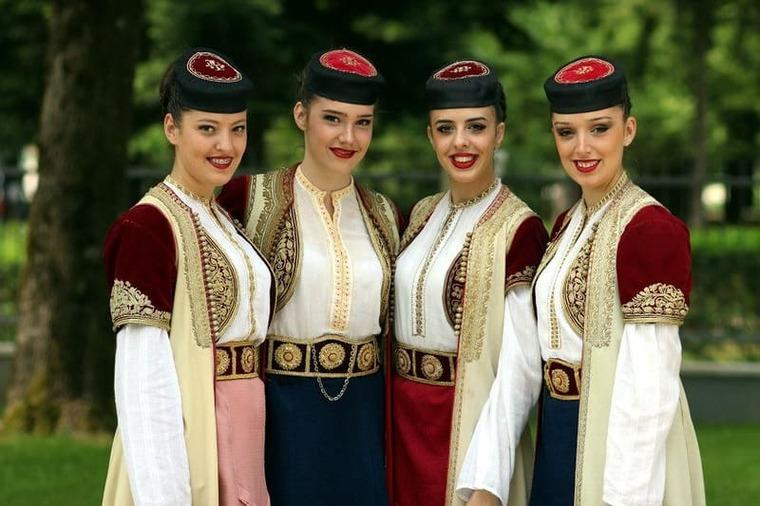 Менталитет и язык Черногории