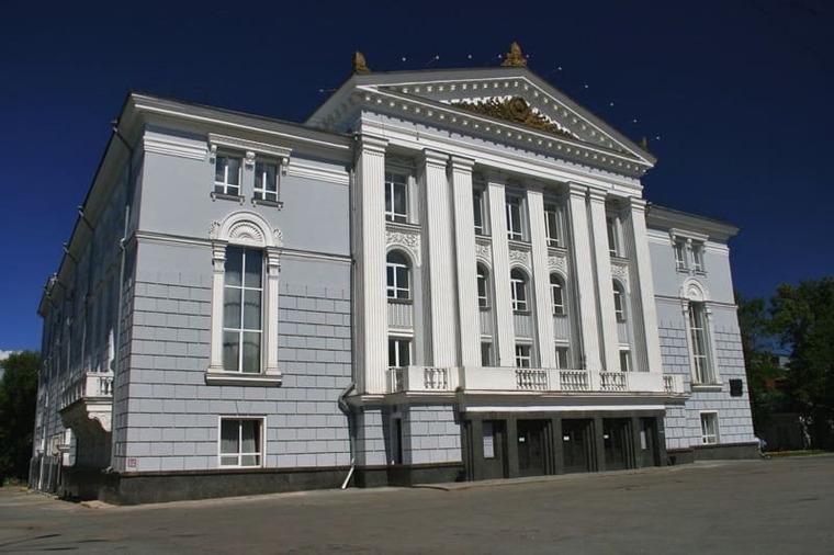 Театр оперы и балета имени П. И. Чайковского