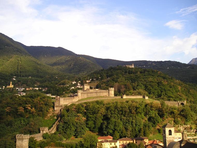 Крепости Беллинцоны