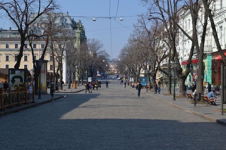 Дерибасовская улица в Одессе