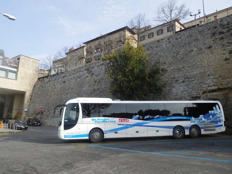 Автобус в Сан-Марино