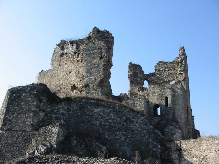 Замок Дивин