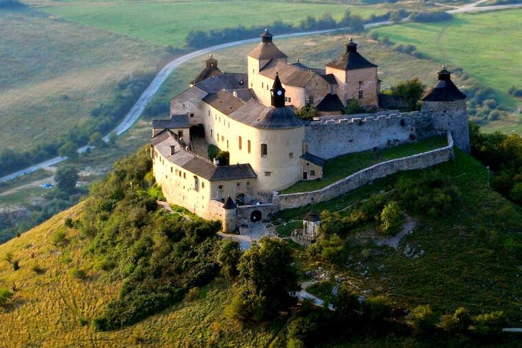 Замок Красна горка