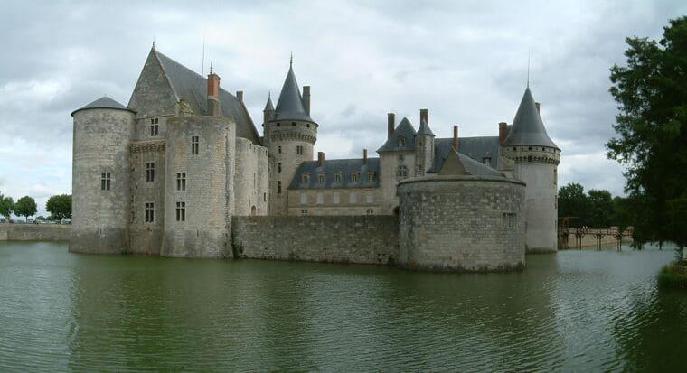 Замок Дас
